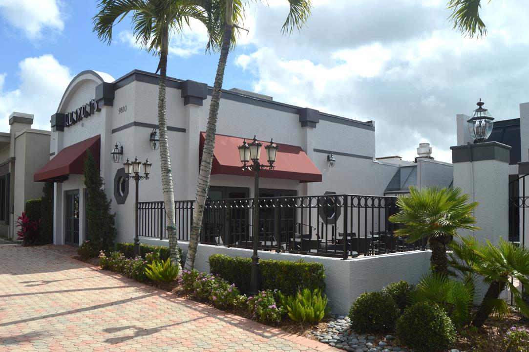 Runyon's Exterior